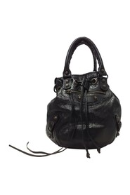 Pre-owned Motocross Classic Pompon Bucket Bag Leather Lambskin
