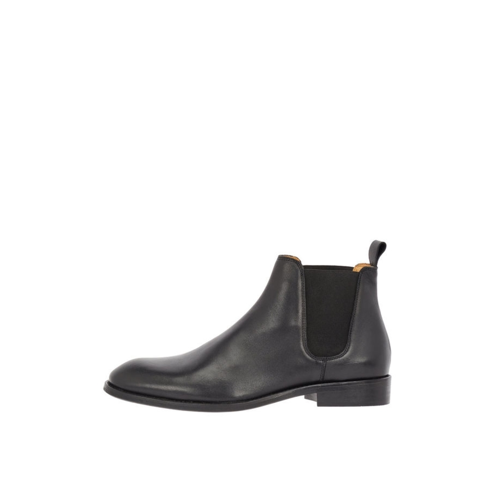 Leather Chelesa boots