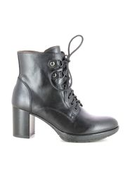 Women's shoes boots