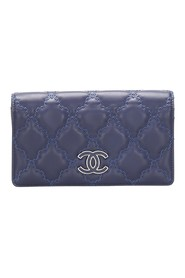 CC Wild Stitch Leather Long Wallet