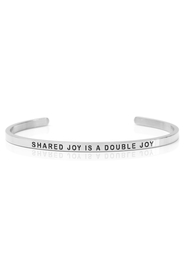 Armring med tekst - SHARED JOY IS A DOUBLE JOY - 3109