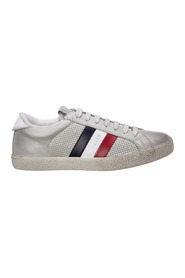 R yegrass Sneakers