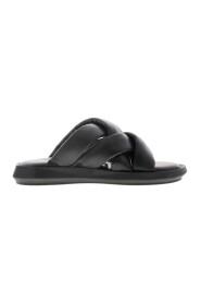 Pepper 1-a slippers