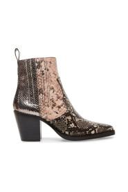 Geniva boots