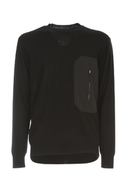 ROUND NECK SWEATER W/ POCKET