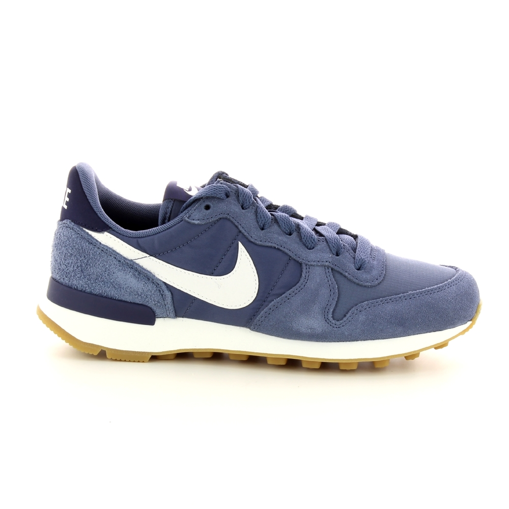 Sneakers  INTERNATIONALIST Z18