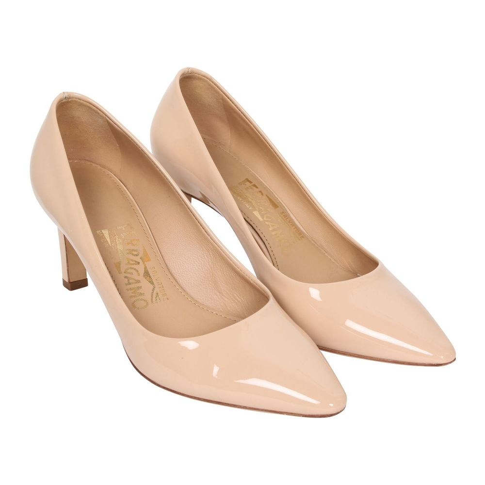 Salvatore Ferragamo Vintage Pre-owned Beige Pointed Toe Pumps Salvatore Ferragamo Vintage