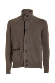 Pull with buttons and high collar