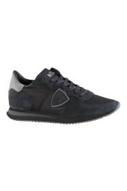 106-08-121765 Sneakers