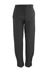 Pantalon Fuselé et Cropped