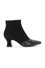 Vuka ankle boot