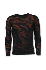 3D Camouflage Pattern Sweater