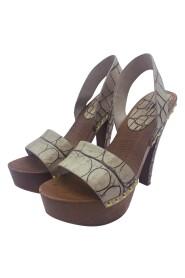 sandaler med hæl i tre