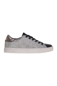 Laminated leather sneaker