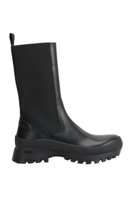 Boots Tolentino