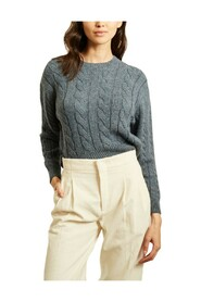 Cable knit straight sweater