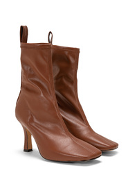 Boots AC597