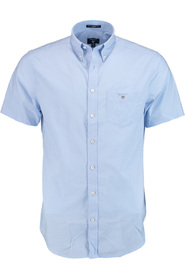 Casual shirts with short sleeves