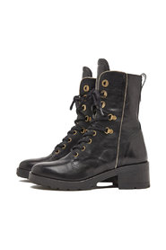 Boots 5303053-00