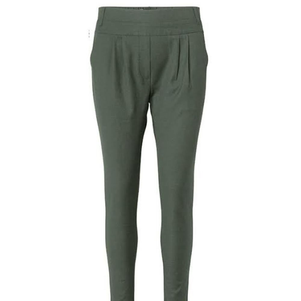 Soft Army Plus Fine Olea Pleat Pant
