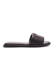 Double T Leather Flat Shoes