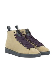P01 boots in suede