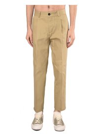 PANTS WITH PINCES
