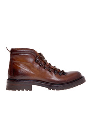 Buffered leather boot