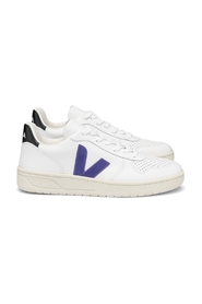 V-10 Leather Basketball Sneakers