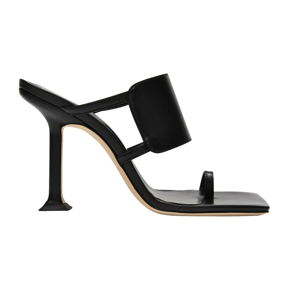 Gigi Sandals in Creased Leather