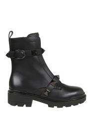 Roman Stud Boots
