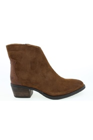 Boots A7105