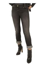 Jeans skinny con ricamo sulla tasca
