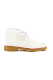 Boots 221