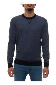 POPPI Round-necked Pullover