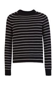 O-neck knitwear