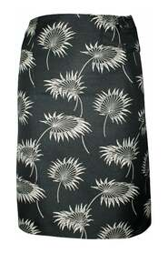 Pencil Skirt With Embroidered Flowers -Pre Owned Condition Very