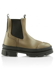 WAVE boots