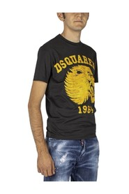 t-shirt with  lion design