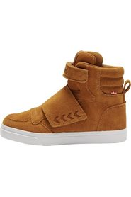 Kid sneaker boot