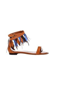 Sandals with small feathers