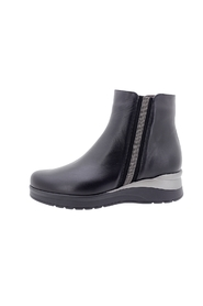 M: 2020574702009 LEATHER ANKLE BOOT