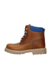 6016 Boots