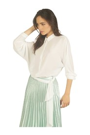 Shirt with knotted belt