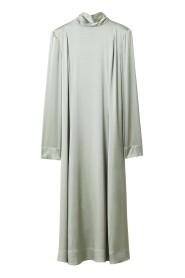 Acela Silk Sukienka