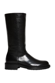 Soft leather boot