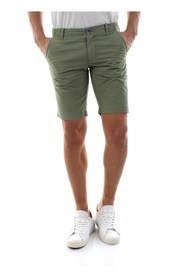 AT.P.CO A181NAT99 TC501 SHORTS AND BERMUDAS Men green