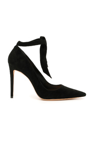 Clarita 100 pumps