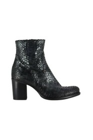 Boots P2477