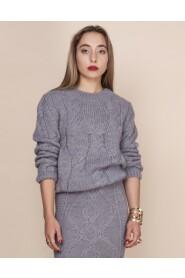 Sweter w warkocze